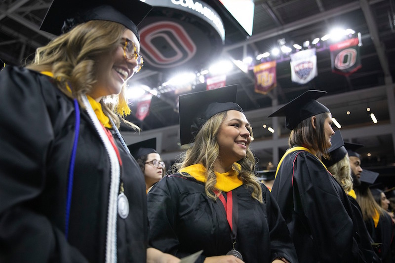 Uno Academic Calendar 2020 December Commencement at Baxter Arena | News | University of