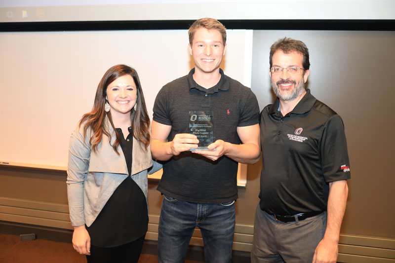 Custom Supplement Company Wins UNO Pitch Contest