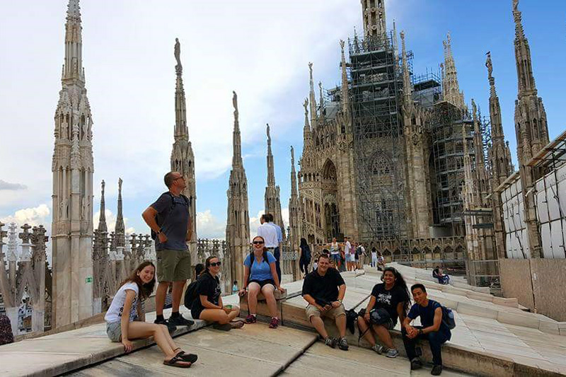 Backpacking-style study abroad program takes students